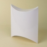 pillow box m1 / beli sjaj
